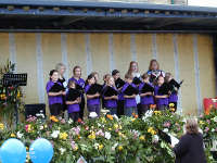 Stow Junior Singers singing at The 2009 Cotswold Festival in Stow on the Wold